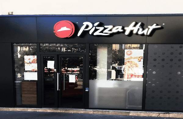Das Pizza Hut Logo, das so rein gar nichts mit einem Hut zu tun hat